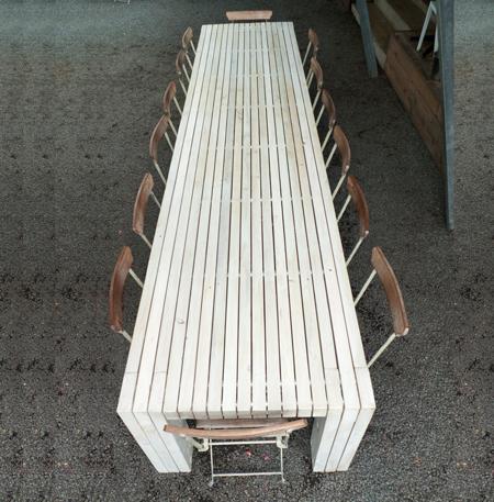 _2-web-Market-outdoor-table