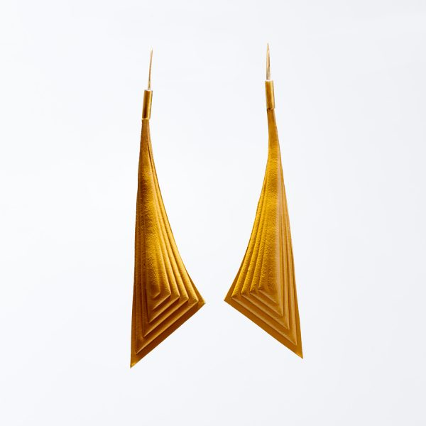 15.triangle-earrinmgs-yellow