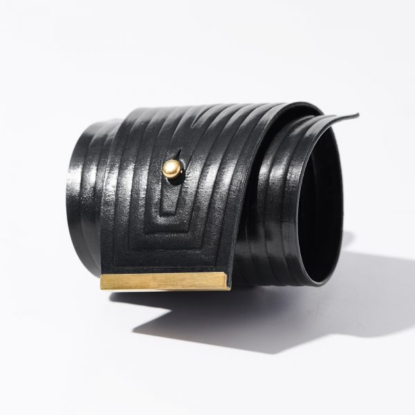 4–wrap-black