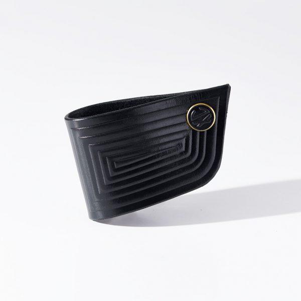 6-cuff-black