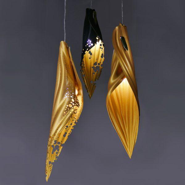 pierced blade gold & black:gold cluster copy